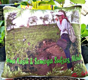 bantal foto custom