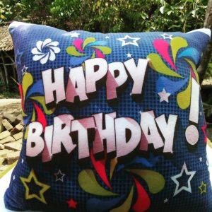 bantal ulang tahun